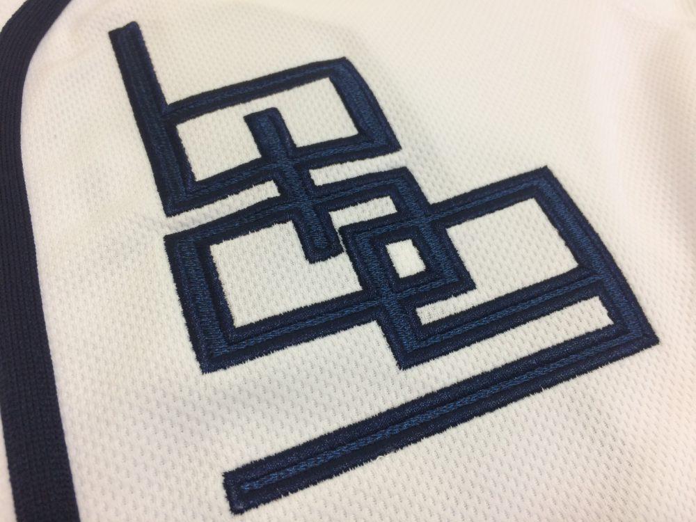 ファンゴ製作 野球ユニフォームシャツ ロゴアップ